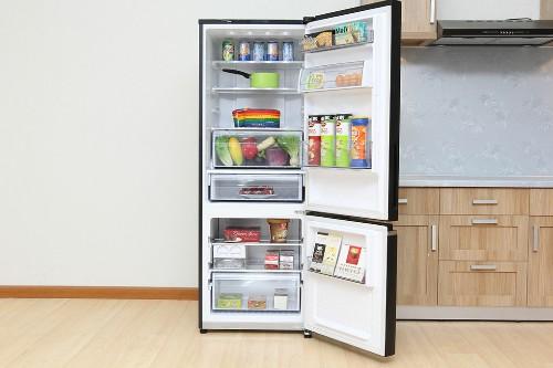 Tủ lạnh Panasonic 322 lít NR-BV368GKVN