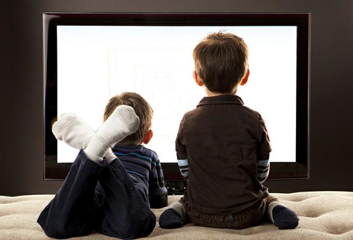 Cài đặt thiết lập khung thời gian cũng như nội dung xem trên tivi đối với trẻ nhỏ