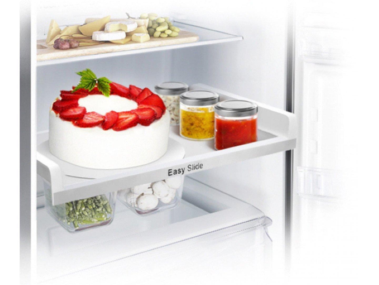 Tủ lạnh Samsung 234 lít RT22FARBDSA dễ lấy thực phẩm