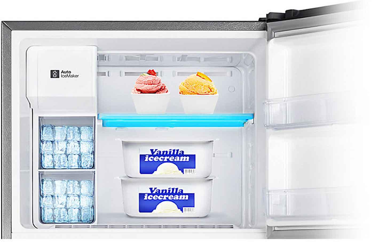 Tủ lạnh Samsung 234 lít RT22FARBDSA giữ nhiệt ngăn đông