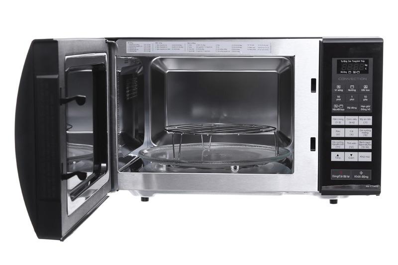 Khoang lò bằng thép không gỉ nấu ăn an toàn,dễ vệ sinh