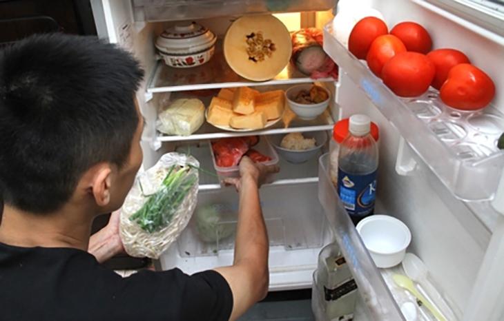 Rau nấu chín để trong tủ lạnh có thể gây ung thư 1