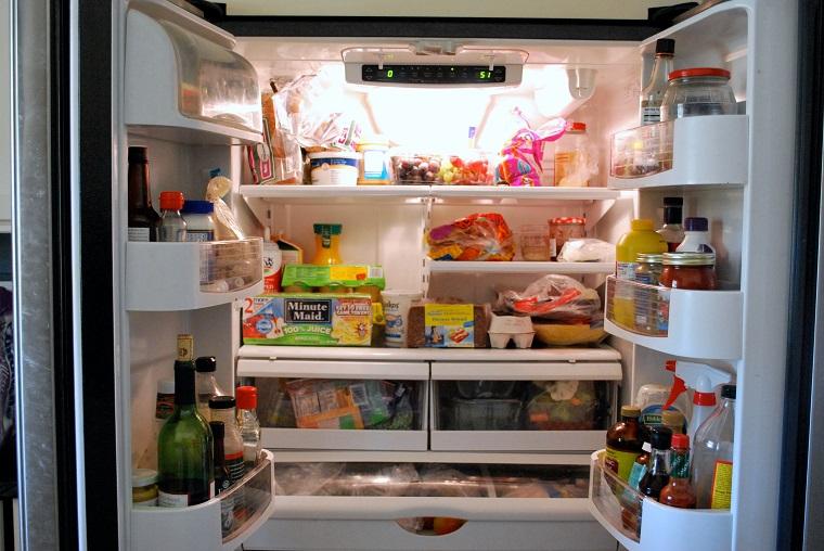 Cẩn thận nguy cơ ngộ độc vì trữ thức ăn trong tủ lạnh quá nhiều 2