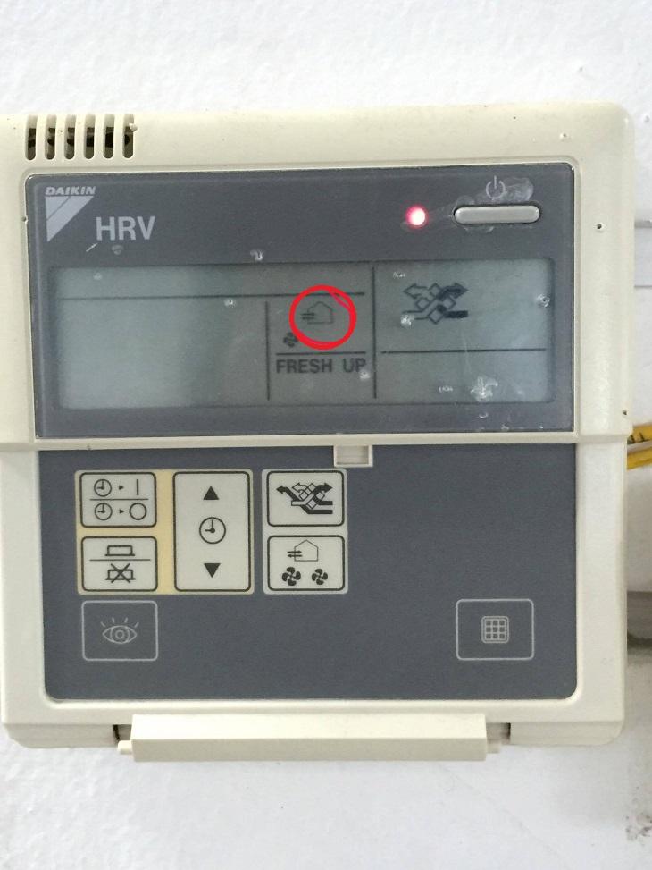 Giải mã các ký hiệu lạ trên remote máy điều hòa 3