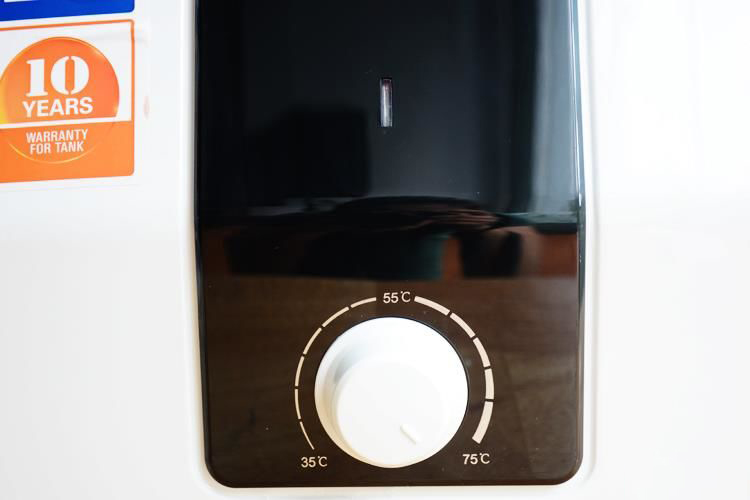 Bình nóng lạnh AQUA AES20V-Q1 2