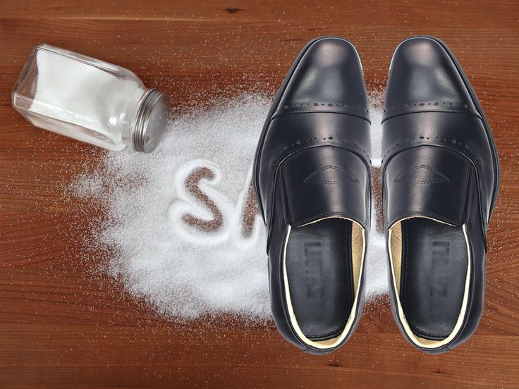 muối làm khô giày