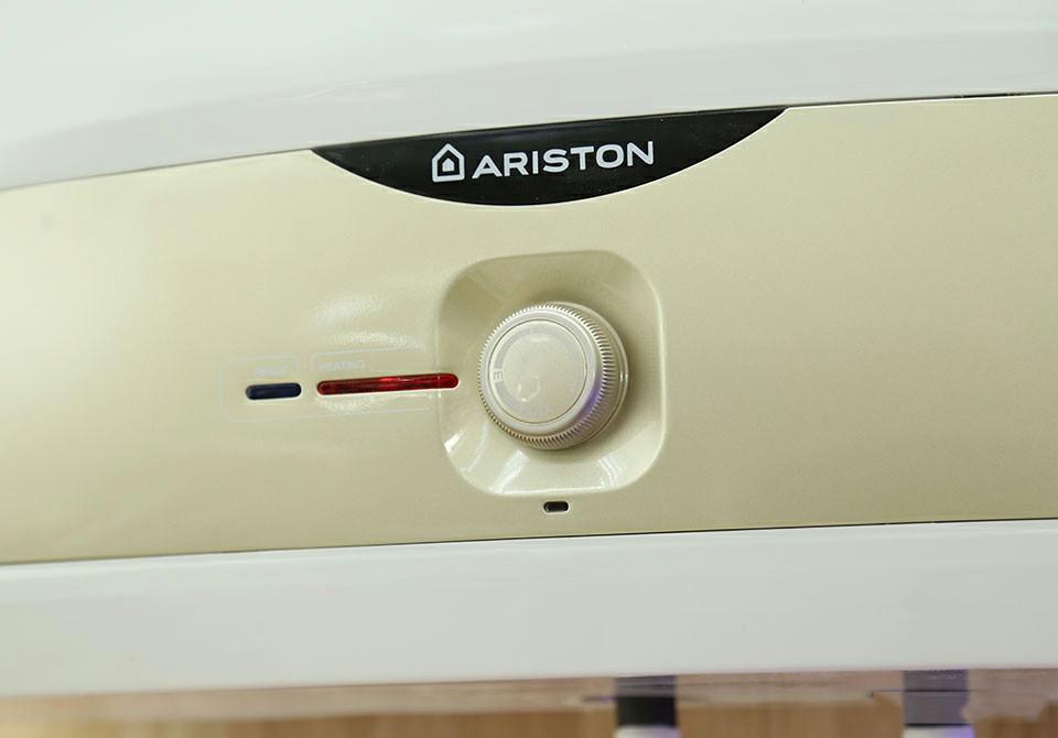 Bình nóng lạnh Ariston SL 30 ST 2.5 FE-MT