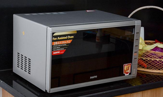 Lò vi sóng AQUA AEM-C6786V 28 Lít thiết kế