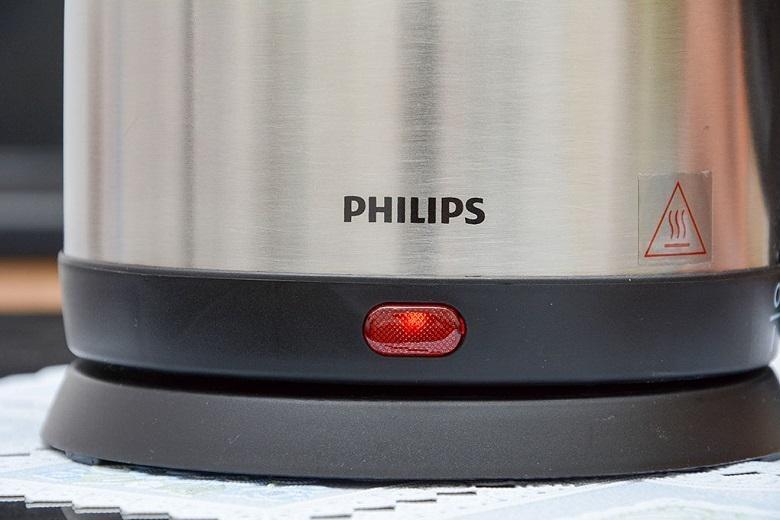 Ấm siêu tốc Philips HD9306 1.5 lít đèn báo led