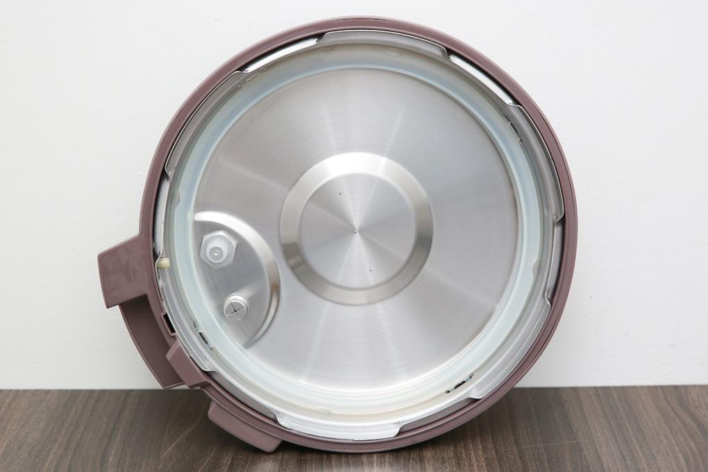 Nồi áp suất điện Bluestone PCB-5763 (5 lít) đậy kín